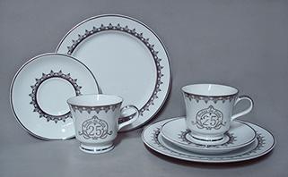 http://www.porcelanasmisumi.com.br/jg_lanche_capri_bodas_prata_link.jpg